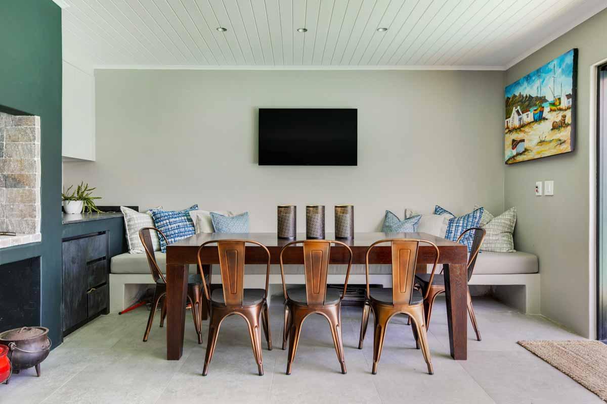 Hospitality-Cushions-for-Onnah-Design(2)